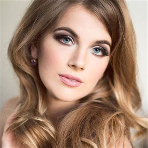need a makeover face and hairstyle 60 1960 makeup looks beautiful 60s style