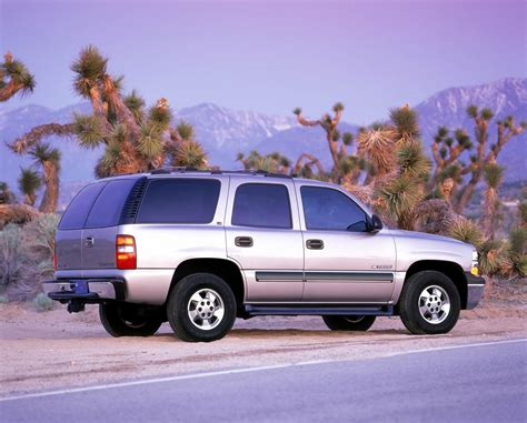 how it works cars 2002 chevrolet tahoe auto manual 2002 chevrolet tahoe history pictures sales value research and news
