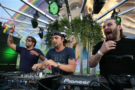sweedish house mafia swedish house mafia swedish house mafia photo 27243207