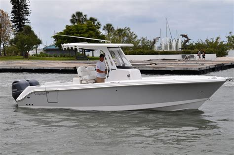 edgewater boats construction 2018 edgewater 262 center console power new and used boats