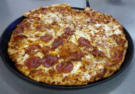 Chuck E Cheese Giveaway - chuck e cheese s new pizza recipe and a giveaway mom in the city