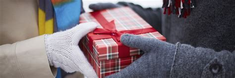 gift giving hacks askmen s lists askmen