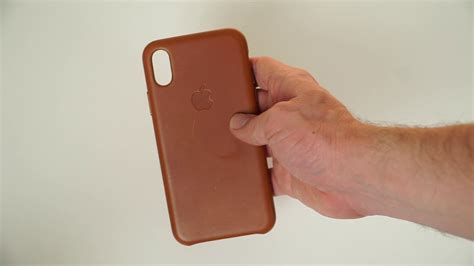 apple iphone  leather case unboxing impressions