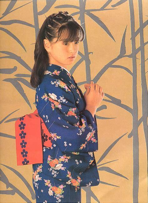 Akina Kimono nakamori akina list 1980s