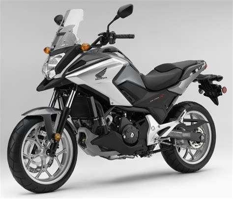 Motorrad Honda 700 by 2016 Honda Nc700x Review Specs Pictures Videos
