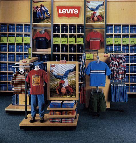 merchandise display west design pop pos