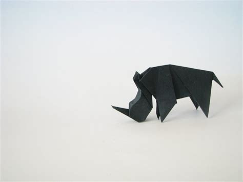 Rhinoceros Origami - 17 best images about origami on desk tidy