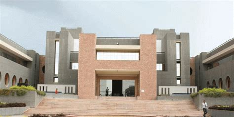 Atmiya College Rajkot Mba by Atmiya Institute Of Technology Science