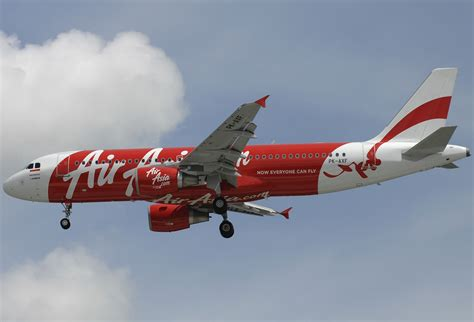 air asia wikipedia indonesia file airbus a320 216 indonesia airasia jp6721706 jpg