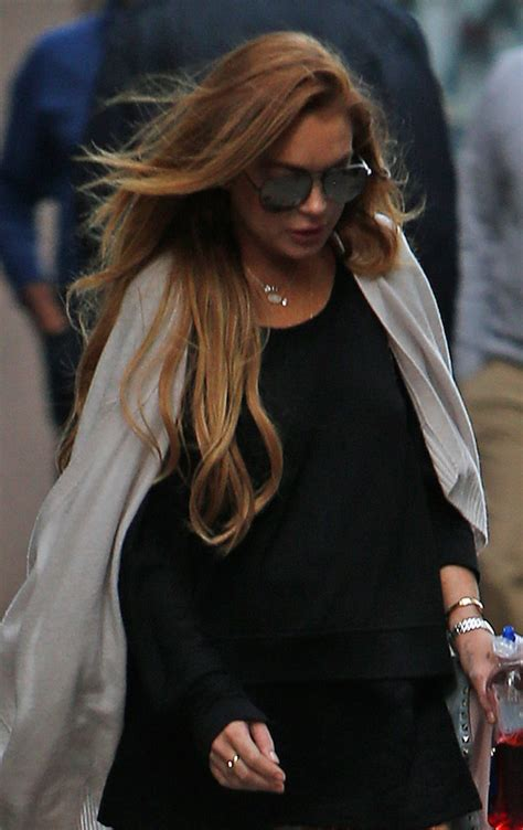 Lindsay Lohan Kicked Out Of Hotels by Dlisted Lindsay Lohan Checks Out Of Downtown Hotel
