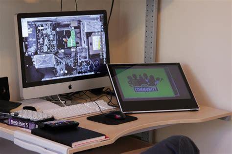 Cintiq Desk by Yiynova Msp19u Vs Cintiq 13hd Threadless