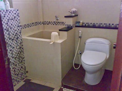 desain kamar mandi 1 5 x 2 desain interior rumah desain kamar mandi sederhana