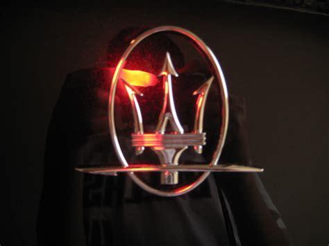 maserati logo maserati logo images world of cars
