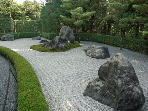 Japanese Rock Garden Plants 40 Philosophic Zen Garden Designs Digsdigs