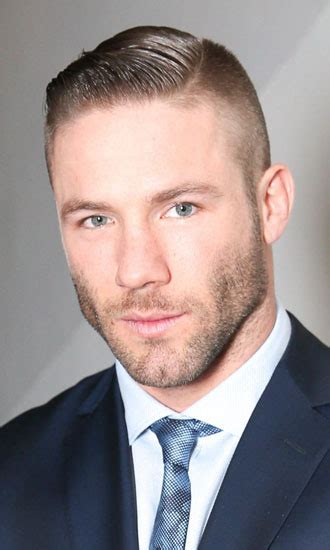 what does julian edelman use in his hair julian edelman celebrity profile hollywood life