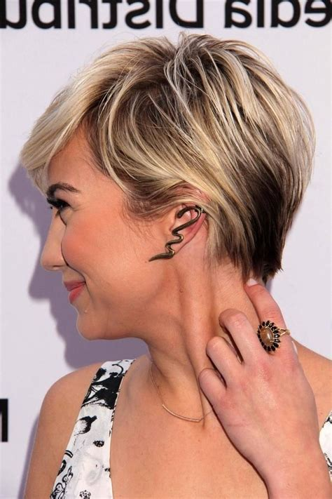 short brown hair with light blonde highlights you watch short brown hair with blonde highlights find