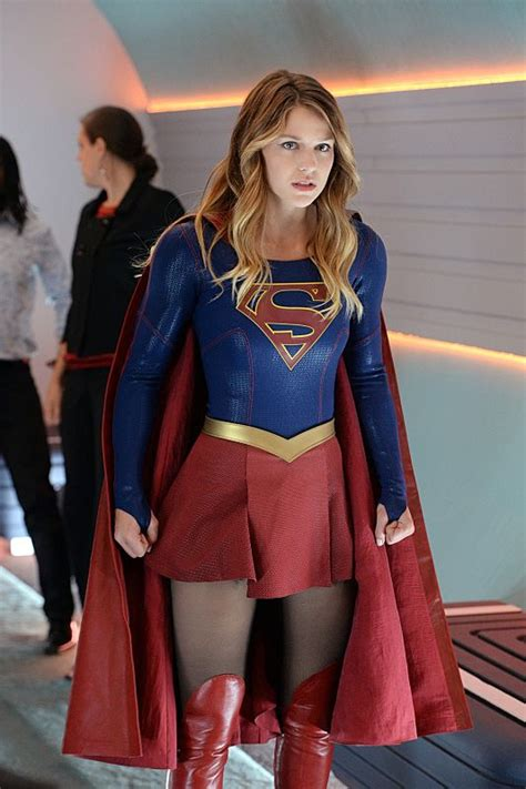 supergirl melissa benoist cast as kara zor el in cbs supergirl recap with spoilers how does she do it