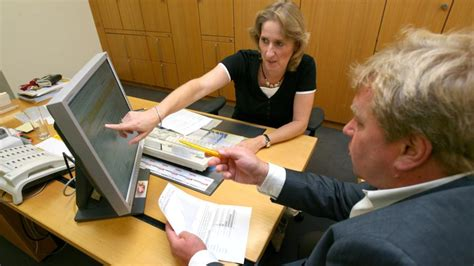 wechsel der bank wechsel der bank neue technik soll papierkram mindern welt