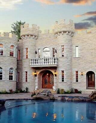 can u tell i like houses that look like castles