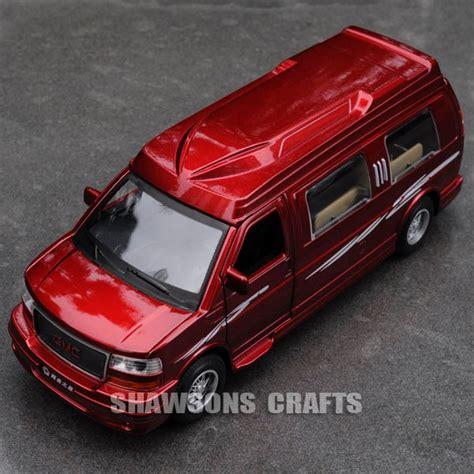 Diecast California Skala 1 32 diecast 1 32 model car sound light pull back gmc savana rv recreational vehicle ebay