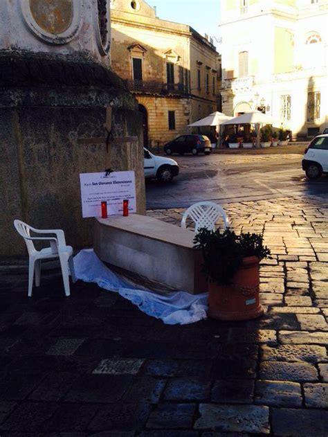 commercio casarano quot il commercio 232 morto quot funerali a casarano piazzasalento