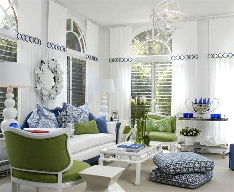 blue white living room decorating with blue and white