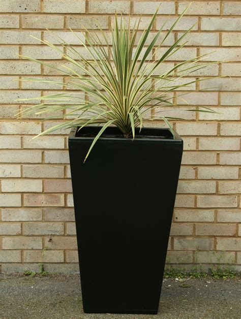 Black Garden Planters by Cambridge Garden Planter Black V2