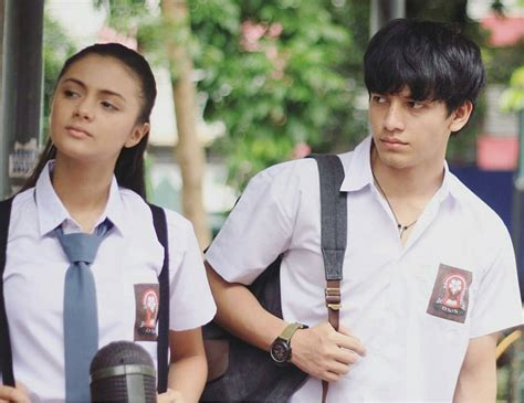 film indonesia romantis paling populer 10 karakter cowok romantis di film indonesia yang paling