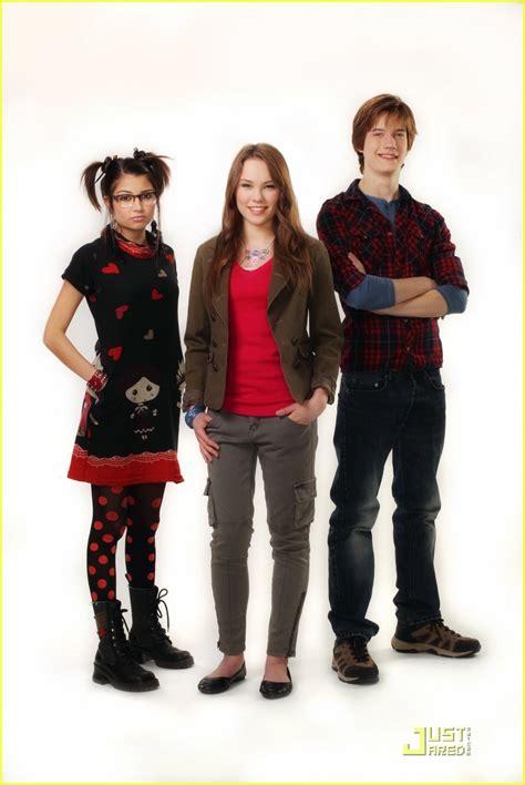 heres a brand new promo for girls season 4 degrassi new season 11 promo pics photo 424688