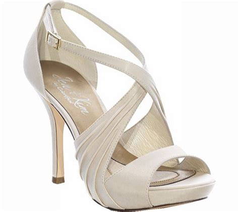 stunning ivory wedding shoes wedding clan