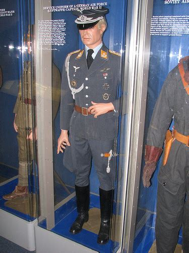 complete uniform of a german air force general item recuni 1 2 photo