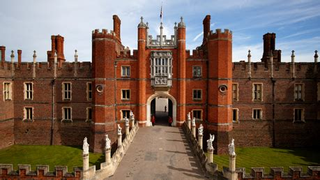 Tudor Home Interior by Hampton Court Palace Tickets 2for1 Offers
