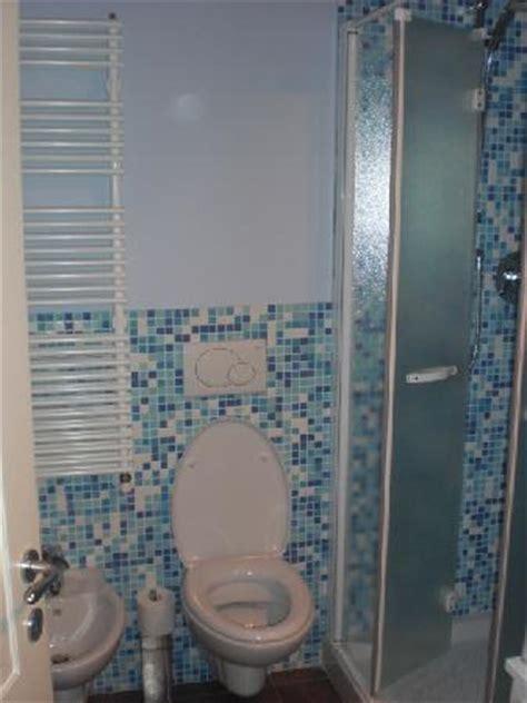 bagno piccolissimo consigli il bagno piccolo ma molto funzionale foto di