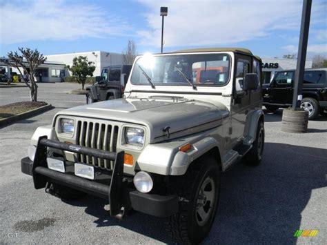 Jeep Wrangler Light 1992 Light Chagne Metallic Jeep Wrangler 4x4