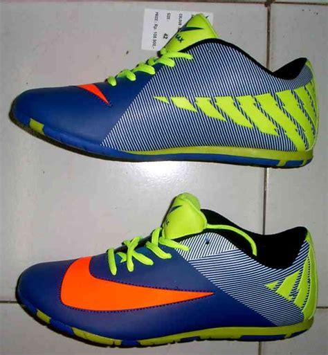 Sepatu Futsal Ori Murah toko jual sepatu futsal original murah biru