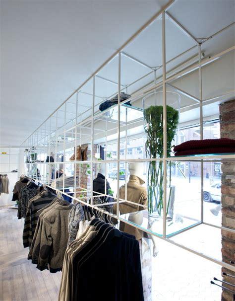product presentation 187 retail design blog jill joy unisex fashion store by riis retail esbjerg