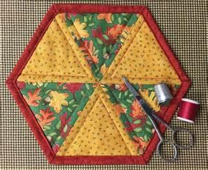 free mug rug patterns free quilt pattern easy hexagon mug rug