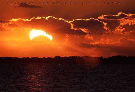 Landscape Photography During Total Solar Eclipse How Often Do 7 Eclipses Occur In 365 Days Space Earthsky