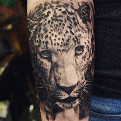 tattoo black and grey animal leopard tattoos und ihre bedeutungen