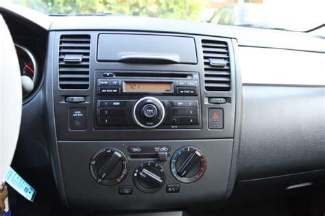 nissan tiida hatchback interior 100 nissan tiida interior 2007 nissan versa