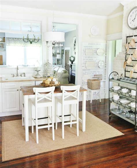 Bright Bathroom Decor » Home Design 2017