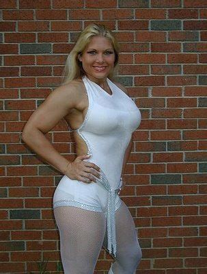 wwe hot beth all super stars beth phoenix hot wallpapers 2012