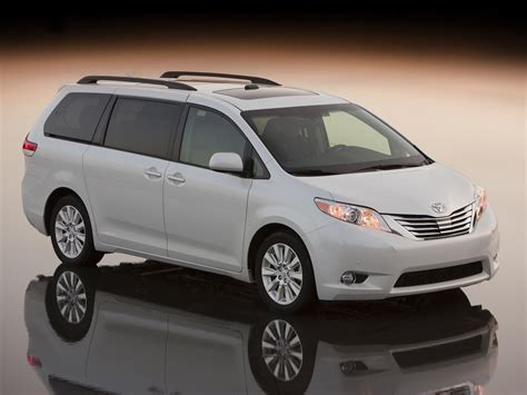 is toyota japanese 2011 toyota sienna car pictures review features