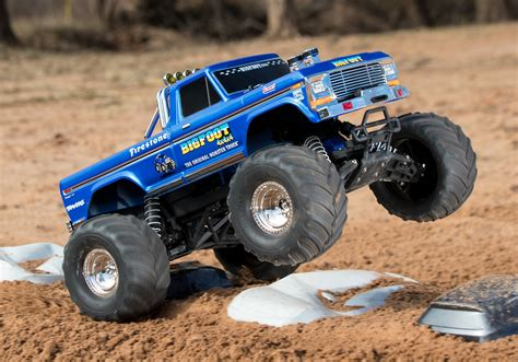bigfoot 10 monster bigfoot nr1 1 10 schaal monster truck trx36034 1 model 2017