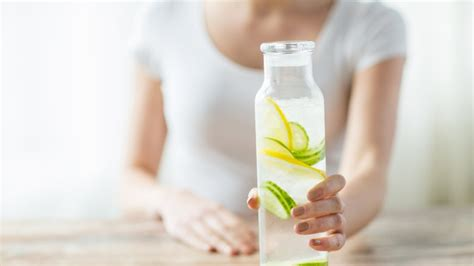 Can I Drink While Taking Stinger 7 Day Detox by 7 Beverages To Drink While And 7 To Avoid
