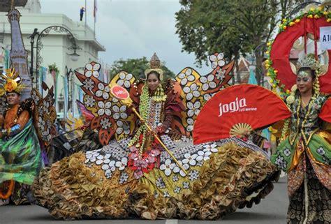 Baju Negara India Kostum Karnaval Baju Pawai foto foto keren karnaval asia afrika di bandung simomot
