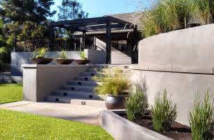 modern retaining wall ideas modern retaining wall modern backyard garden concrete