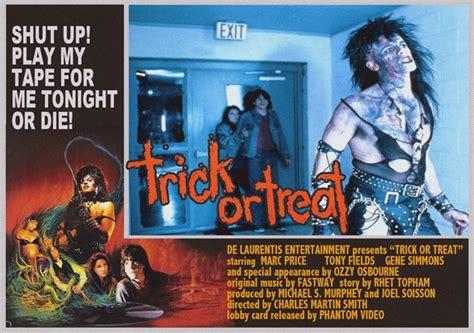 horrors  halloween trick  treat  sammi curr