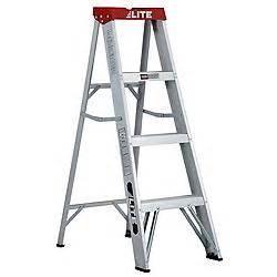 canadian tire lite 4 ft aluminum step ladder customer
