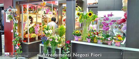 come arredare un negozio di fiori arredamenti negozi altre categorie merceologiche effe